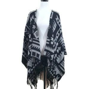 H&M women's poncho cape wrap shawl sweater